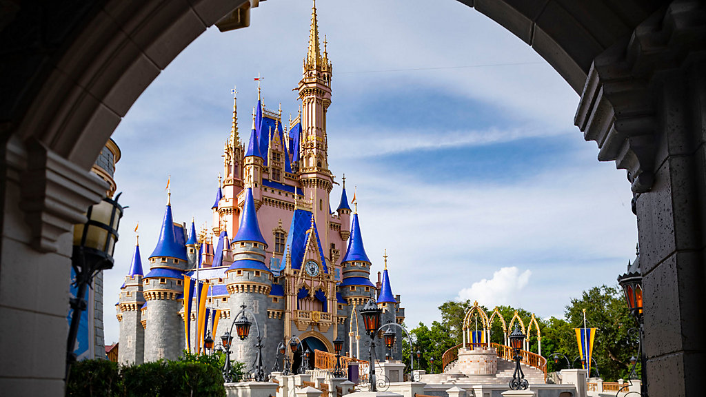 Disney World Rolls Out Facial Recognition Tech At Magic Kingdom