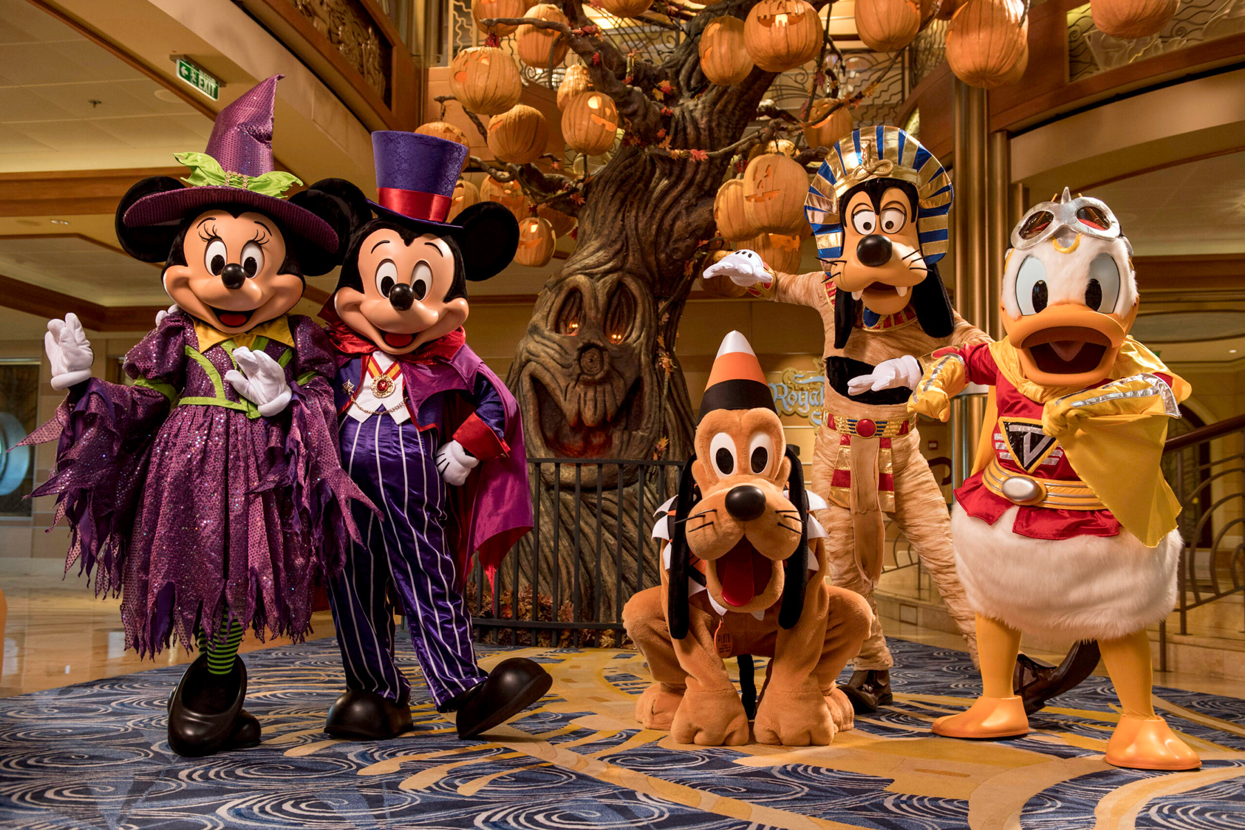 Disney Cruise Line Announces New Holiday Themed Cruises for 2022
